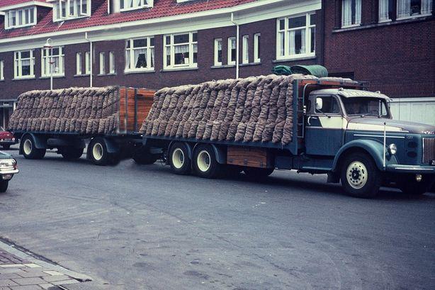 Verweij  Den Haag  Volvo 495 combintie