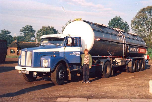 de vries  Marum  78-50-ZB   Scania 111 klein