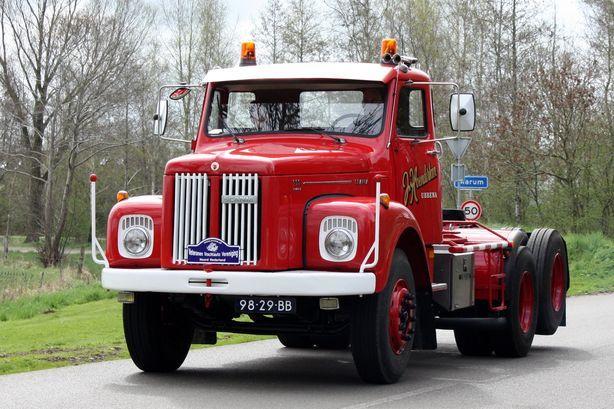 Hoenderken  Ubbena  98-29-BB- Scania LS 111   (3)
